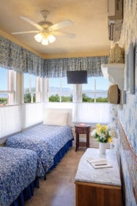 twin beds in Fergusson Room at Bottger Mansion